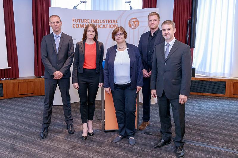 Prof. Johannes Blömer | Universität Paderborn Ina Karabasz | Handelsblatt Dr. Heike Prasse | BMBF Dr. Gunnar Schomaker | SICP Dr. Lutz Stobbe | Fraunhofer IZM